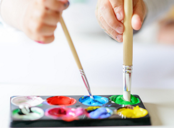 Paint the Party Offers Chance for Students to Let Loose, Create Art