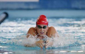 Women's Swim & Dive: Freshman Genevieve Robertson Swimming to Success