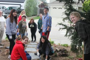 Alternative Spring Breaks Gives Students the Chance to Serve Communities