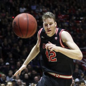 Great Debate: Should Jakob Poeltl Be the Pac-12 Player of the Year?