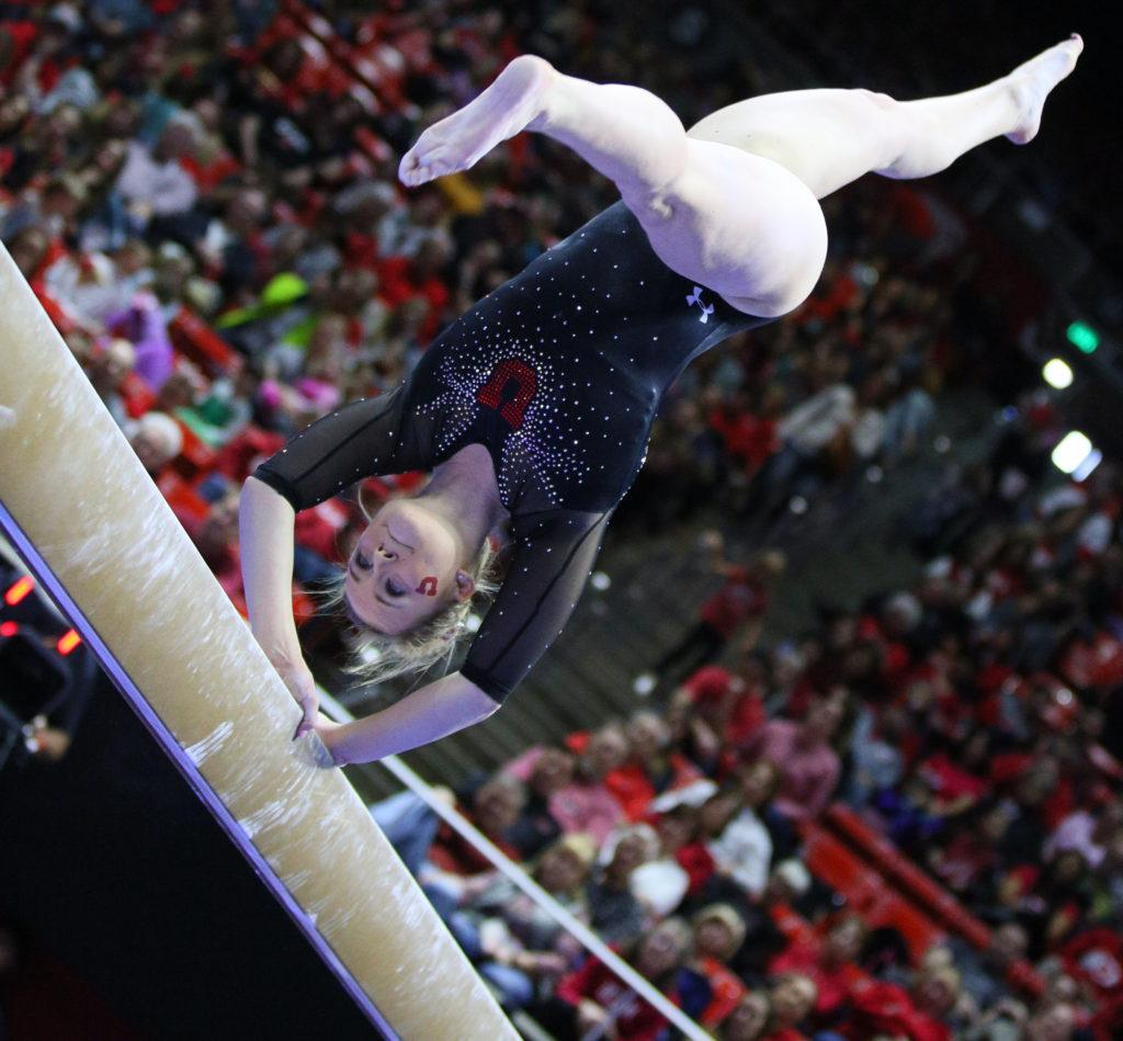 Maddy Stover performs on the balance beam during the Utah Utes vs. California Golden Bears Women's Gymnastics meet at the Hunstman Center in Salt Lake City, Utah on Saturday, Feb.4, 2017. (Rishi Deka, Daily Utah Chronicle)