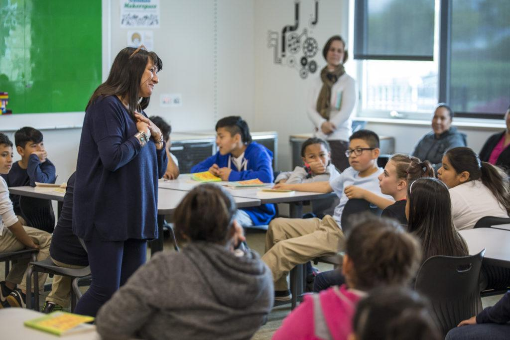 Sandra Cisneros at Glendale-Mountain View Community Learning  Center meeting with Mountain View duel-immersion fifth graders.  Photo - Tanner Humanities Center