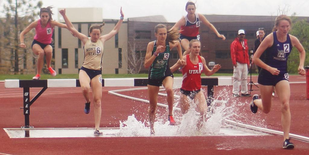 Ute Jade Mulvey during the steeplechase the McCarthey Track and Field Center in Salt Lake City, Utah on Friday, Apr. 7, 2017. (Rishi Deka, Daily Utah Chronicle)
