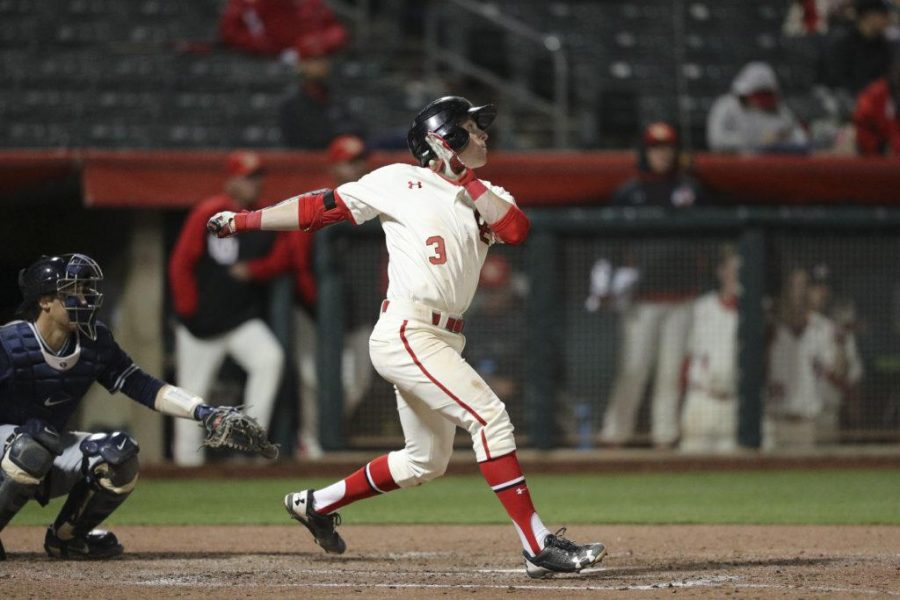 Utes infielder Oliver Dunn (3) singles in the bottom of the sixth against BYU at Smiths Ballpark on Tuesday, March 28, 2017. (Chris Ayers|Daily Utah Chronicle.)