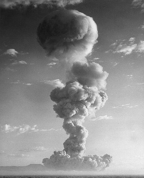 Mushroom cloud from Operation Plumbbob: Owens