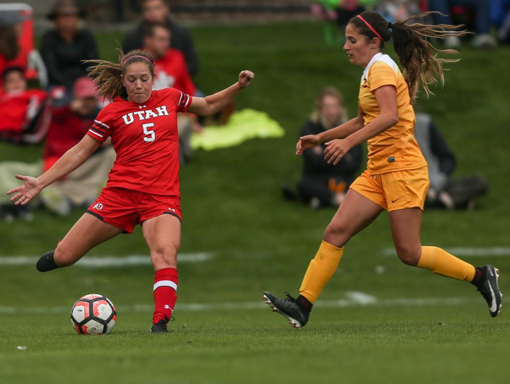 Janie Kearl (5) kicks the ball down the field during the Utah Utes Women's soccer tie game versus University of Southern California at Ute Soccer Field in Salt Lake City, UT on Saturday, September 23, 2017.  (Photo by Cassandra Palor/ Daily Utah Chronicle)