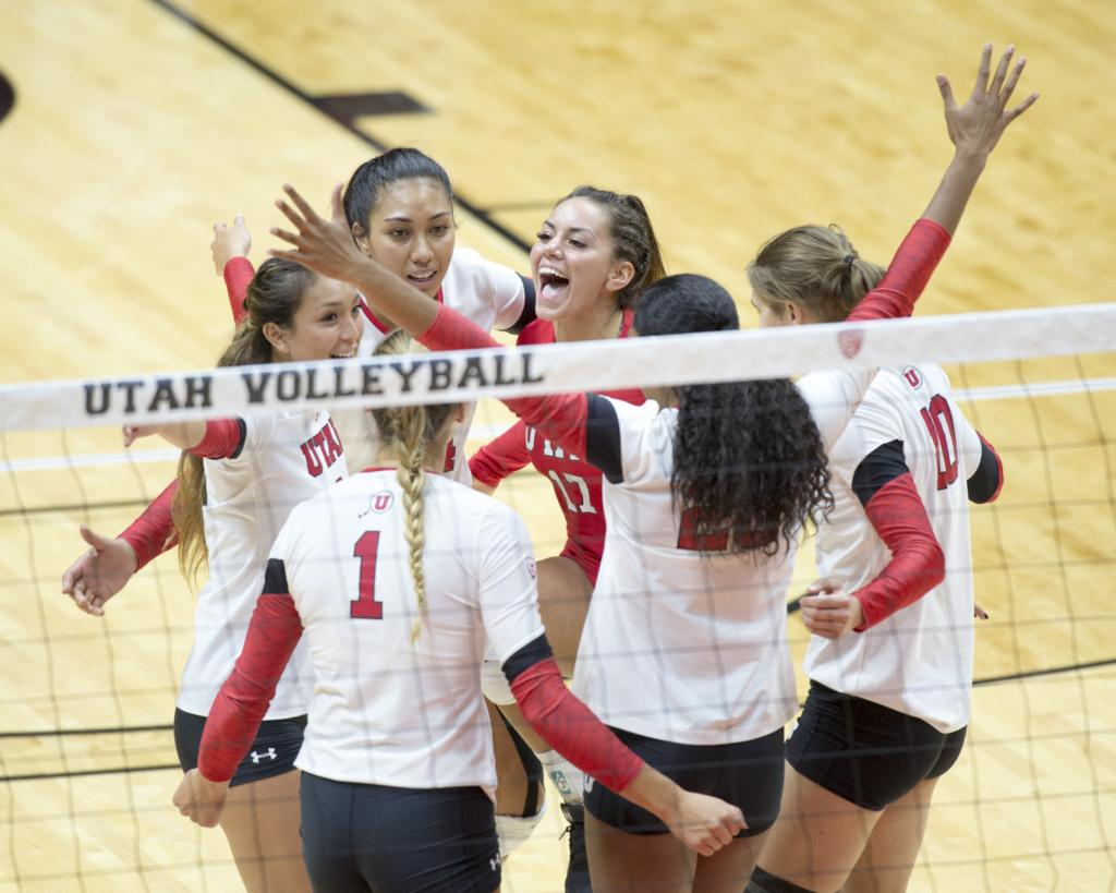The University of Utah Volleyball team celebrates a point in a set of matches vs. The Oregon Ducks at the Huntsman Center in Salt Lake City, UT on Friday, Sept. 29, 2017  (Photo by Kiffer Creveling | The Daily Utah Chronicle)