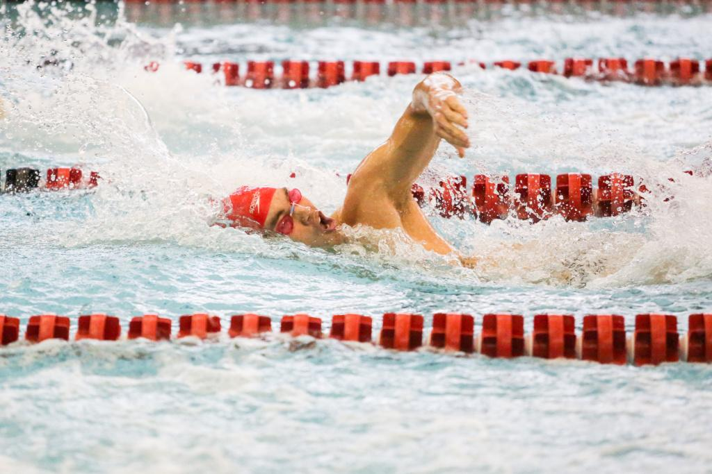 Sophomore Rahiti De Vos swims his free as the Utah Men and Women's Swim and Dive Team take on the Stanford Cardinals at the Ute Natatorium in Salt Lake City, UT on Friday, Oct. 20, 2017.  (Photo by Curtis Lin/ Daily Utah Chronicle)