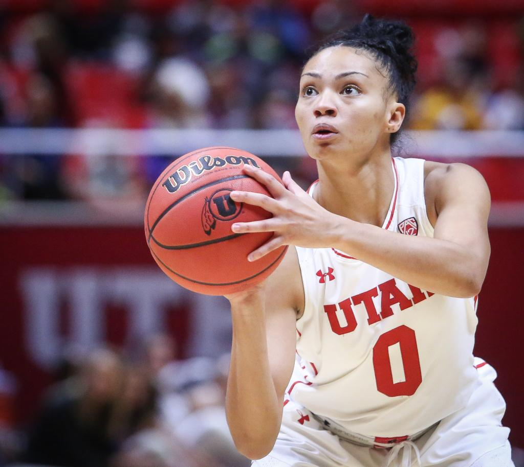 Kiana Moore (0) sets up to shoot in the Utah Utes Women's basketball victory game over Carroll College at the Huntsman Center in Salt Lake City, Utah on Thursday, November 2, 2017.  (Photo by Cassandra Palor/ Daily Utah Chronicle)