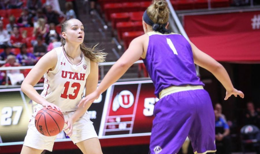 Utah+Utes+Women%27s+basketball+victory+over+Carroll+College+at+the+Huntsman+Center+in+Salt+Lake+City%2C+Utah+on+Thursday%2C+November+2%2C+2017.%0A%0A%28Photo+by+Cassandra+Palor%2F+Daily+Utah+Chronicle%29