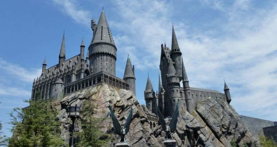 Hogwarts+at+Wizarding+World+of+Harry+Potter+in+Hollywood