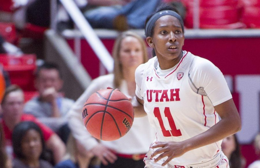 University+of+Utah+junior+guard+Erika+Bean+%2811%29+looks+to+make+a+pass+in+an+NCAA+Women%27s+Basketball+game+vs.+The+University+of+Texas+Arlington+Mavericks+at+the+Jon+M.+Huntsman+Center+in+Salt+Lake+City%2C+Utah+on+Monday%2C+Nov.+27%2C+2017%0A%0A%28Kiffer+Creveling+%7C+The+Daily+Utah+Chronicle%29