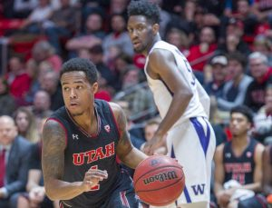 Men's Basketball: Utah Defeats UW for First Pac-12 Home Win, 70-62