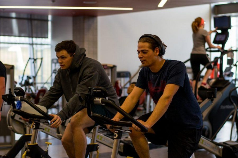 Students working out at the George S. Eccles Student Life Center in Salt Lake City, UT on Wed, Jan. 10, 2018.  (Photo by Curtis Lin/ Daily Utah Chronicle)