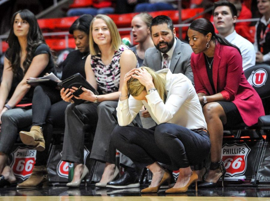 Utah+Head+Coach+Lynne+Roberts+holds+her+head+after+Utah+Utes+center+Megan+Huff+%285%29+fouls+out+as+The+University+of+Utah+Lady+Utes+take+on+the+University+of+Oregon+Ducks+at+the+Huntsman+Center+in+Salt+Lake+City%2C+UT+on+Sunday%2C+Jan.+28%2C+2018%0A%0A%28Photo+by+Adam+Fondren+%7C+Daily+Utah+Chronicle%29