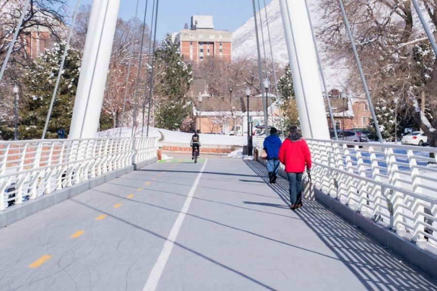 Students out and about on the University of Utah campus | Daily Utah Chronicle