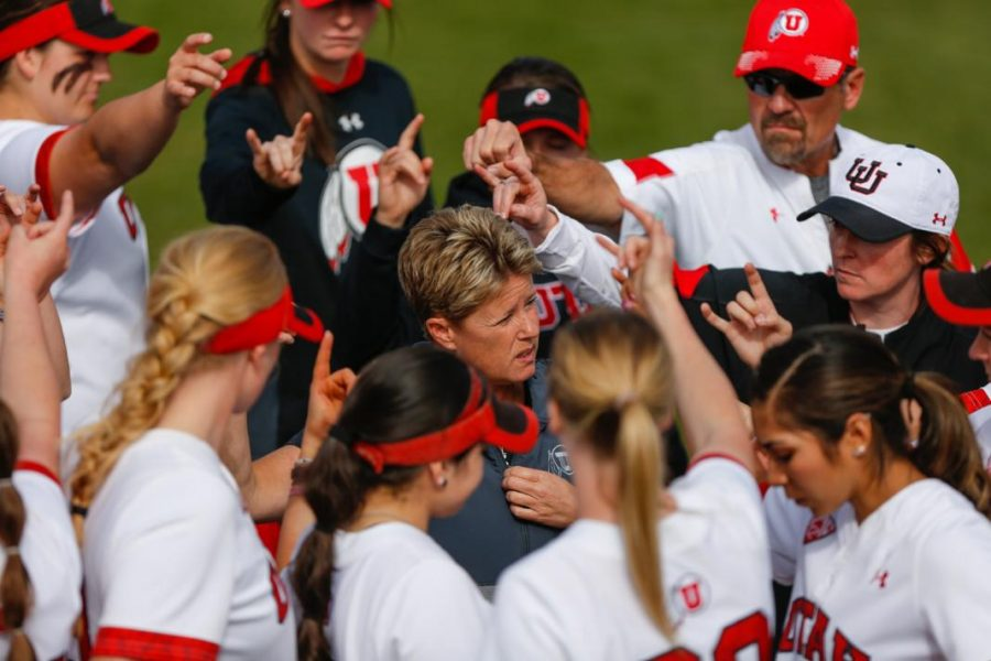 The Ute's softball team defended the diamond in a three game series against UCLA. Coach Amy Hogue talks to the team post game.    (Photo by: Justin Prather / Daily Utah Chronicle)