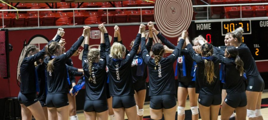 The Utah Volleyball team prepares for their last game of the 2017 season