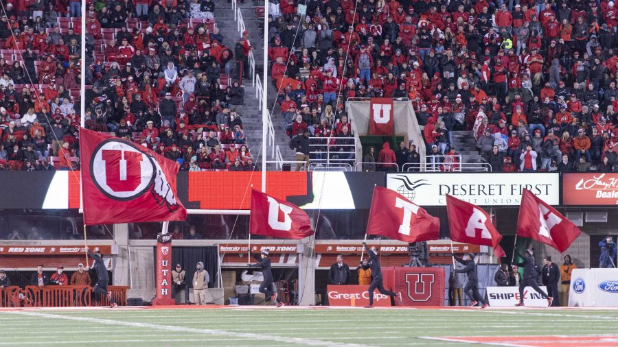 University+of+Utah+cheerleaders+run+the+flags+after+a+touchdown+in+an+NCAA+Football+game+vs.+The+Washington+State+Cougars+in+Rice+Eccles+Stadium+in+Salt+Lake+City%2C+Utah+on+Saturday%2C+Nov.+11%2C+2017%0A%0A%28Photo+by+Kiffer+Creveling+%7C+The+Daily+Utah+Chronicle%29