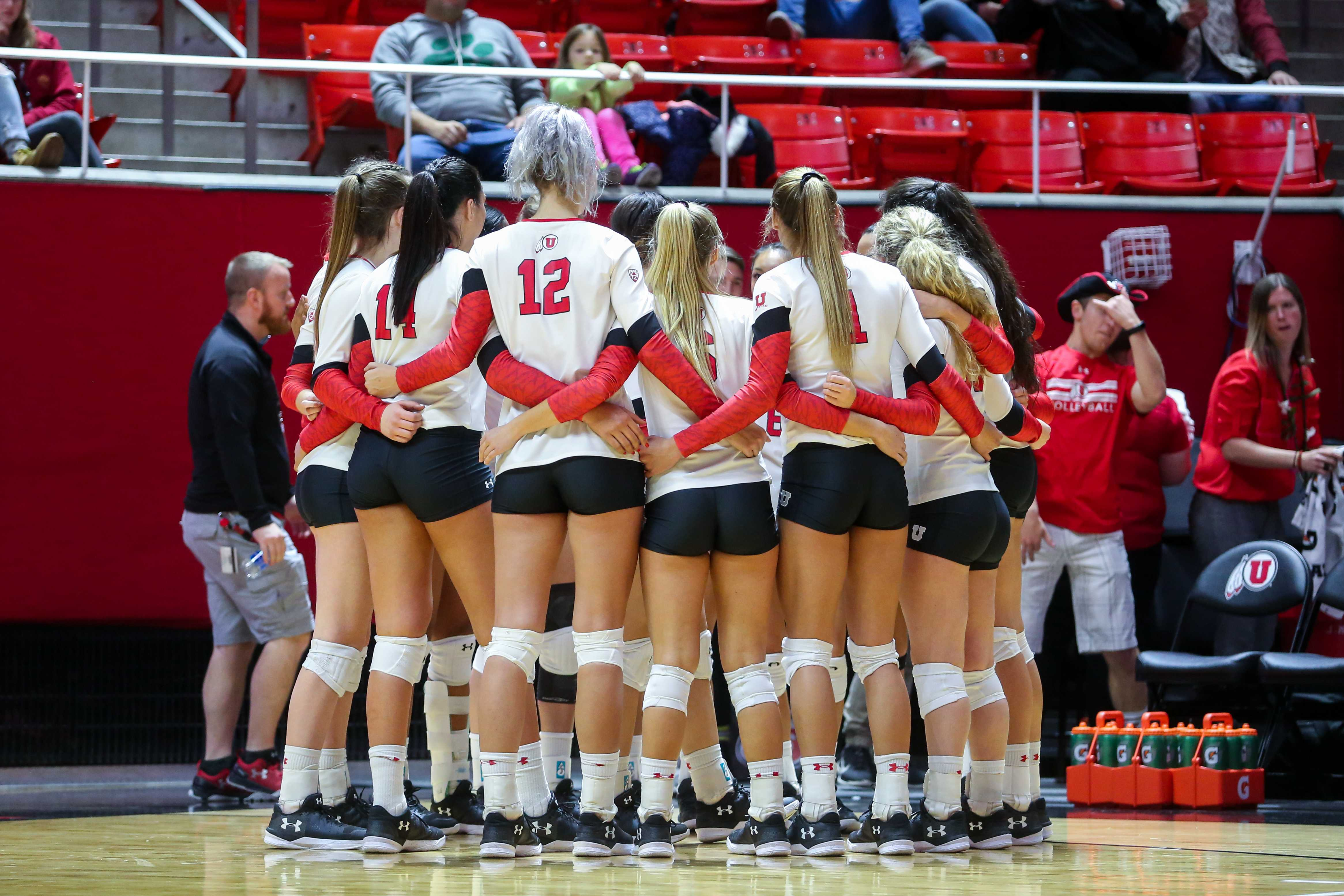 University of Utah Volleyball Team in the huddle in an NCAA Volleyball game vs. The Arizona Wildcats in Jon M. Huntsman Center in Salt Lake City, UT on Saturday, Nov. 18, 2017.  (Photo by Curtis Lin/ Daily Utah Chronicle)