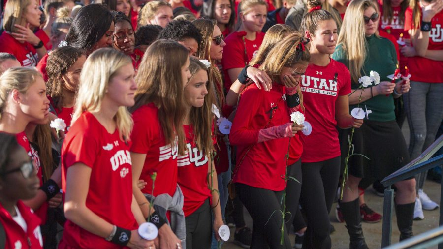 The+Utah+women%27s+track+and+field+team%2C+students%2C+staff%2C+family+and+friends+attend+a+vigil+on+the+steps+of+the+Park+Building+for+Lauren+McCluskey+who+was+tragically+killed+on+campus+at+The+University+of+Utah+in+Salt+Lake+City%2C+Utah+on+Wednesday%2C+Oct.+24%2C+2018.+%28Photo+by+Kiffer+Creveling+%7C+The+Daily+Utah+Chronicle%29