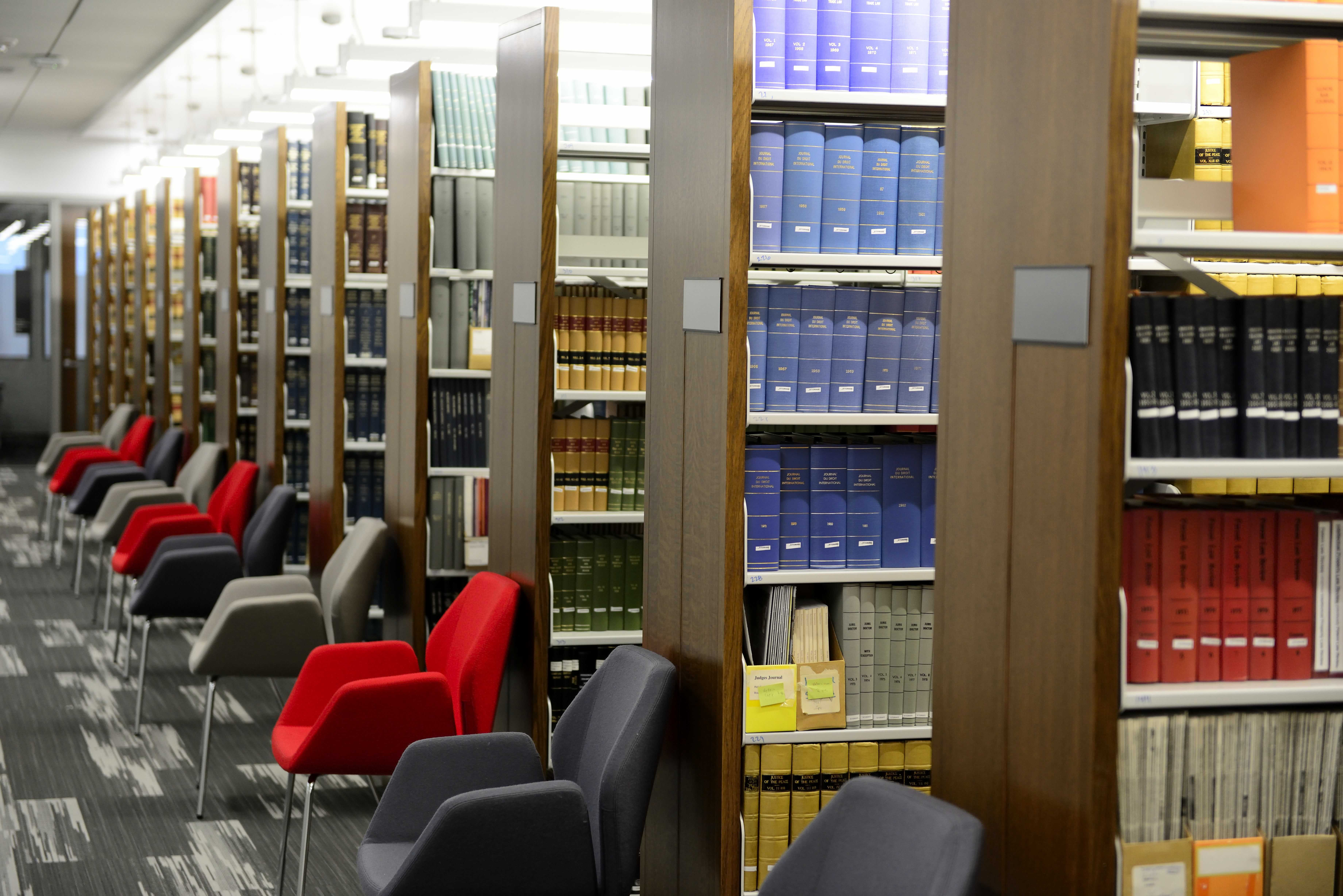 Books on shelves inside the S.J. Quinney College of Law Building on campus. Daily Chronicle archives.