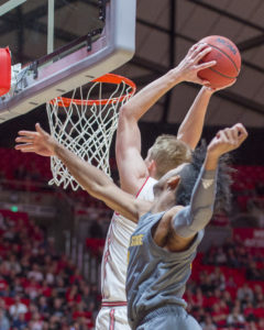 Runnin' Utes Top Coyotes in Exhibition Match-Up