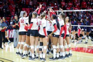 Volleyball Takes No. 20 Arizona in Five