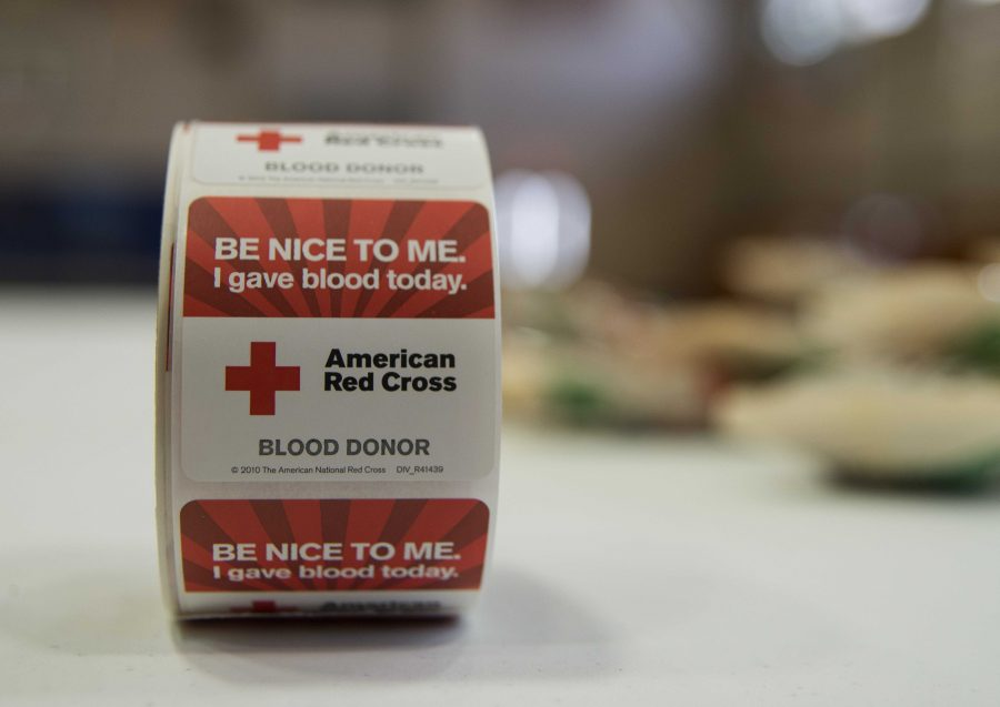 The+American+Red+Cross+blood+drive+was+held+Feb.+5%2C+2014+at+Joint+Base+Charleston+-+Air+Base%2C+S.C.+The+blood+donated+will+be+sent+to+a+Red+Cross+blood+component+laboratory+where+it+is+processed+into+several+components%3B+red+blood+cells%2C+plasma%2C+platelets+and%2For+cryoprecipitate.+A+single+blood+donation+may+help+up+to+three+different+people.+%28U.S.+Air+Force+photo%2FSenior+Airman+Ashlee+Galloway%29