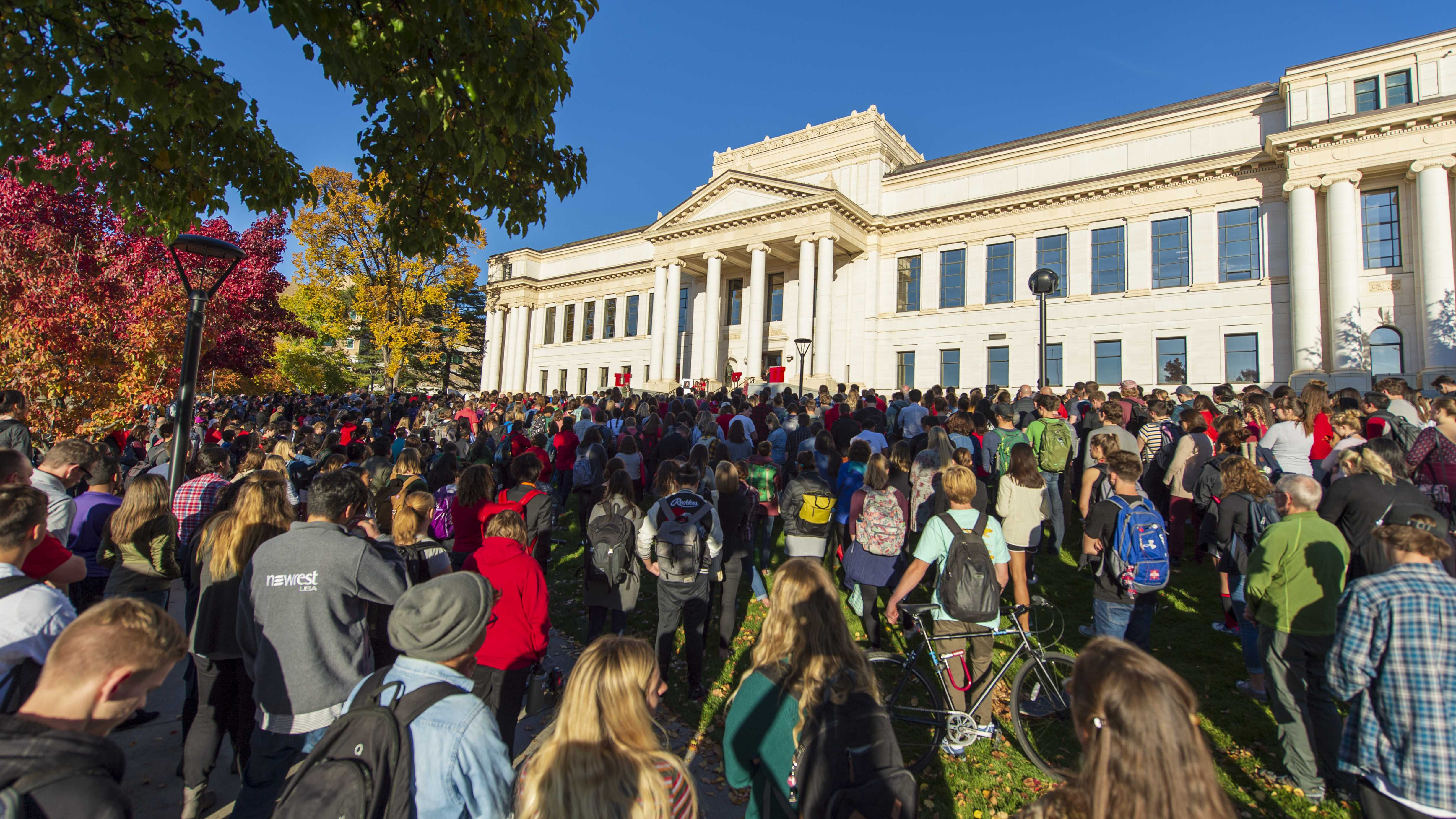Students, staff, family and friends attend a vigil on the steps of the Park Building for Lauren McCluskey who was tragically killed on campus at The University of Utah in Salt Lake City, Utah on Wednesday, Oct. 24, 2018. (Photo by Kiffer Creveling | The Daily Utah Chronicle)
