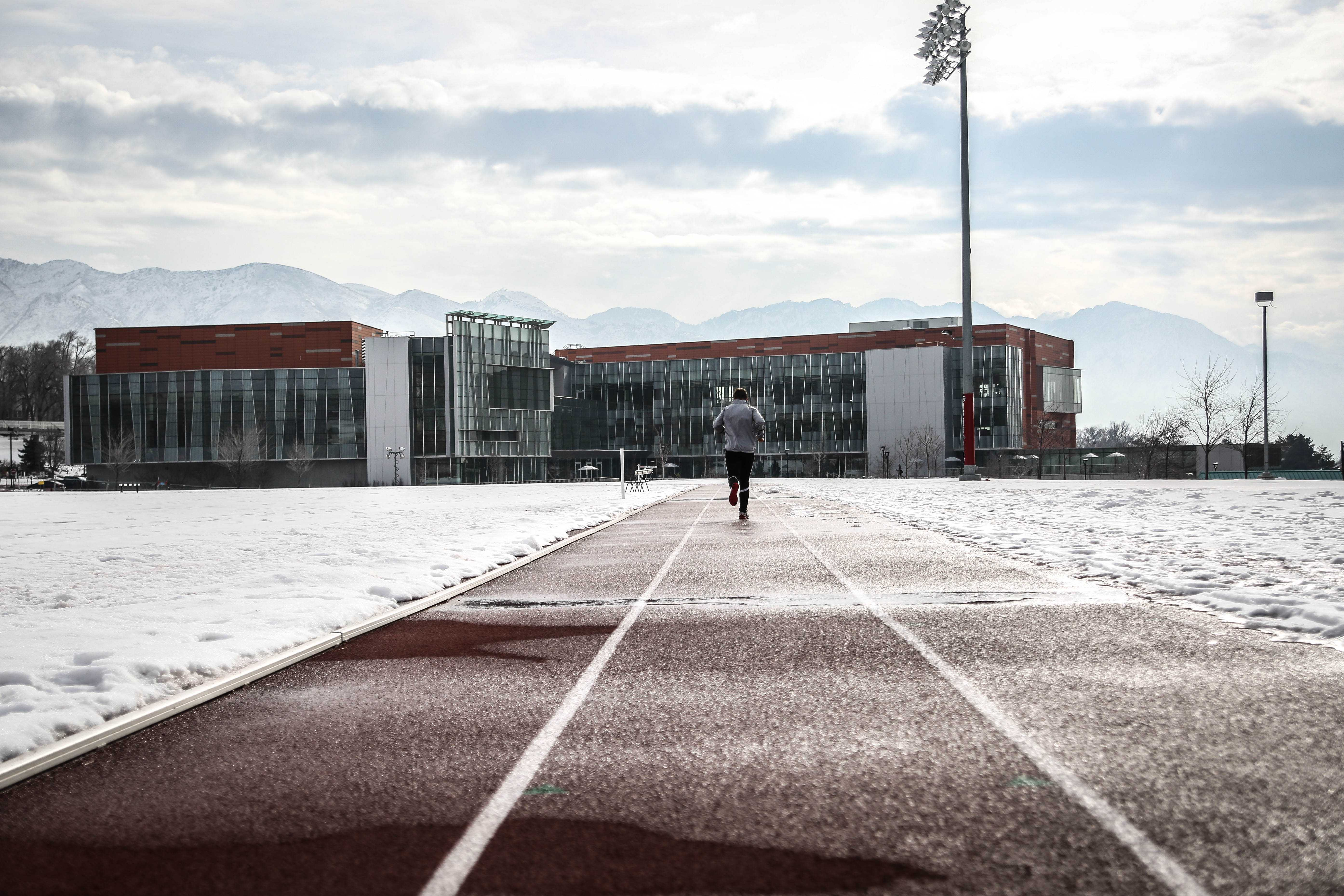 McCarthy Track and Field at the University of Utah on January 9th, 2019. [Photo by Cassandra Palor | Daily Utah Chronicle]