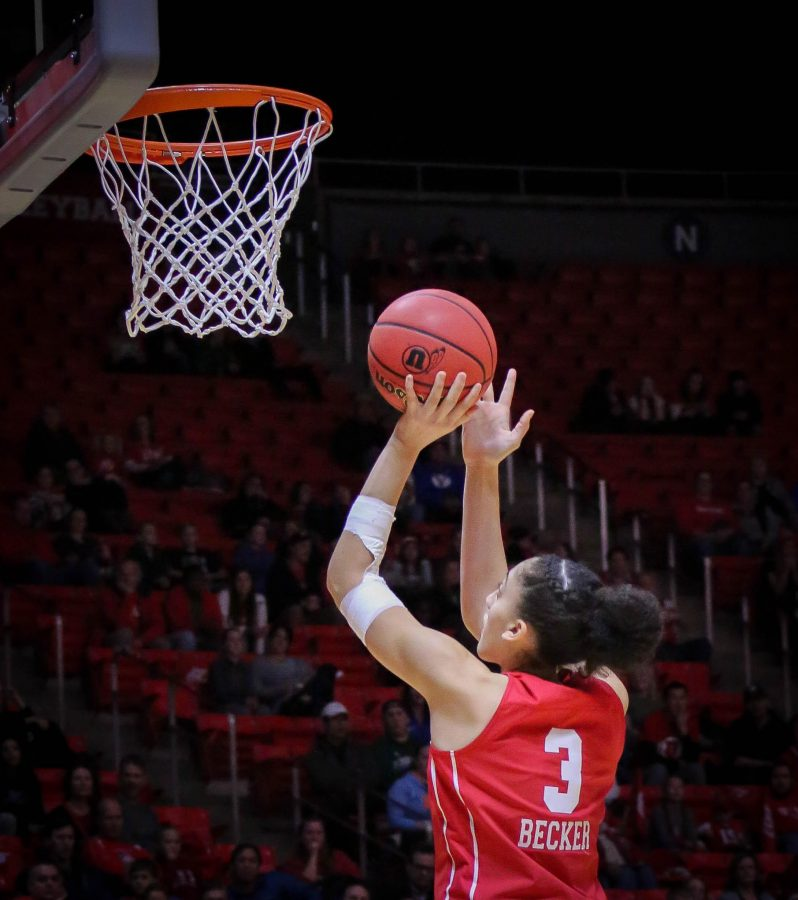 NIYAH+BECKER+%283%29+shoots+and+makes+it+as+The+University+of+Utah+Lady+Utes+take+on+Brigham+Young+University+at+the+Huntsman+Center+in+Salt+Lake+City%2C+UT+on+Saturaday%2C+Dec.+8%2C+2018+%28Photo+by+Cassandra+Palor+%7C+Daily+Utah+Chronicle%29