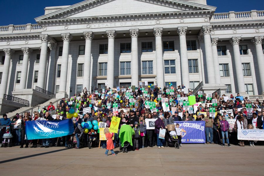 Protestors gather on the steps of the Capitol for the March for Life 2019. (Photo by Tom Denton | The Daily Utah Chronicle)