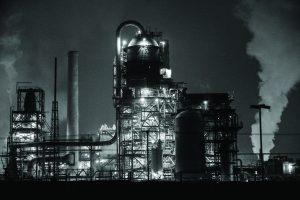 Marathon Petroleum Refinery at night  (Photo by: Kiffer Creveling | The Daily Utah Chronicle)