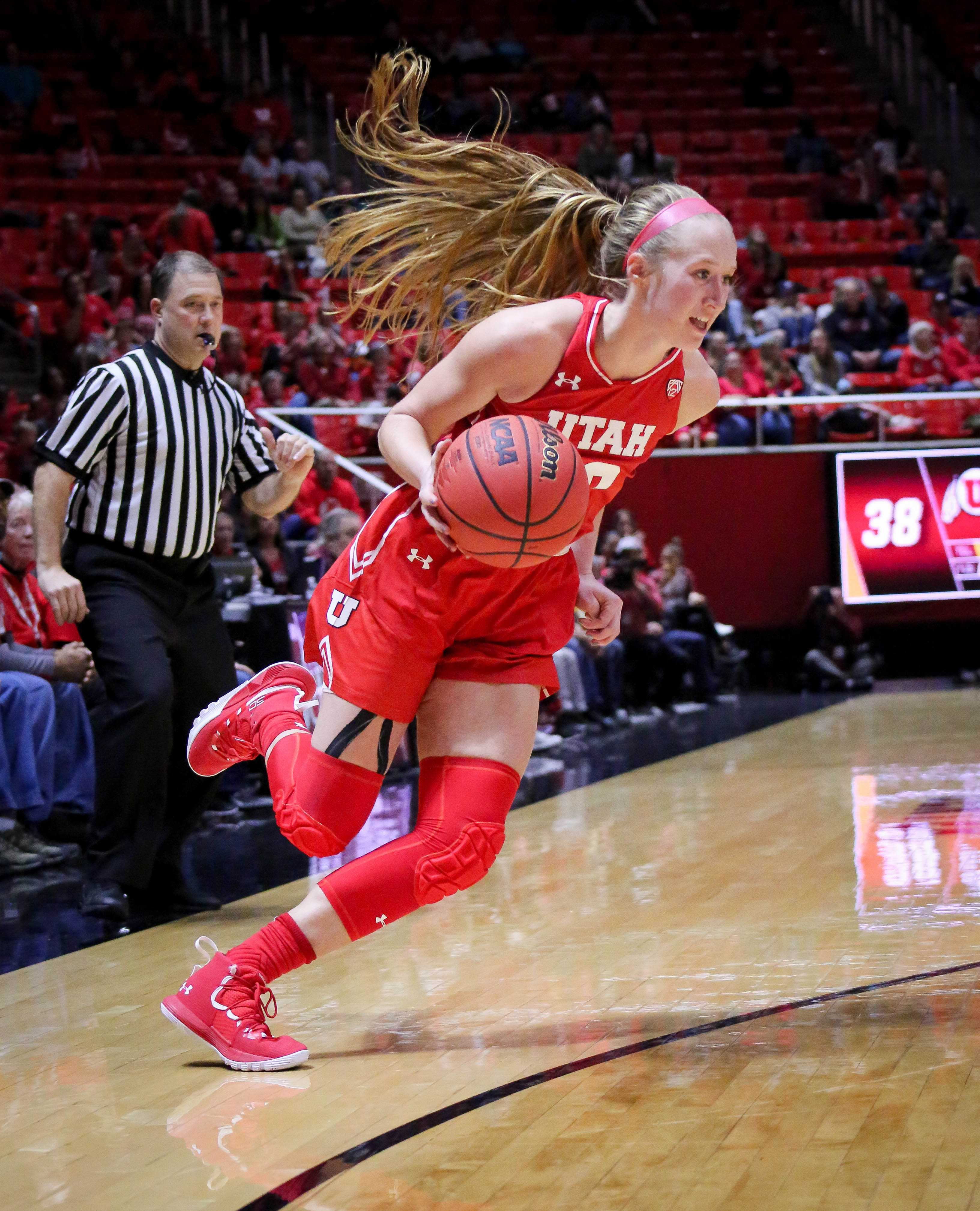 The University of Utah Lady Utes take on Brigham Young University at the Huntsman Center in Salt Lake City, UT on Saturaday, Dec. 8, 2018 (Photo by Cassandra Palor | Daily Utah Chronicle)