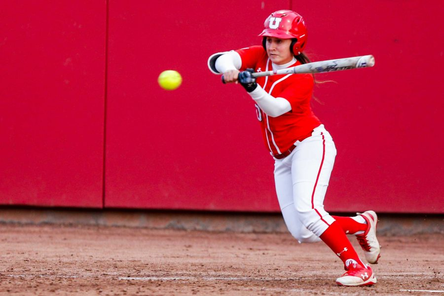 University+of+Utah+freshman+left+fielder+Julia+Noskin+%2810%29+looks+to+bat+during+an+NCAA+Softball+game+vs+the+BYU+Cougars+at+Dumke+Family+Softball+Stadium+in+Salt+Lake+City%2C+UT+on+Wednesday+April+18%2C+2018.%0A%0A%28Photo+by+Curtis+Lin%2F+Daily+Utah+Chronicle%29
