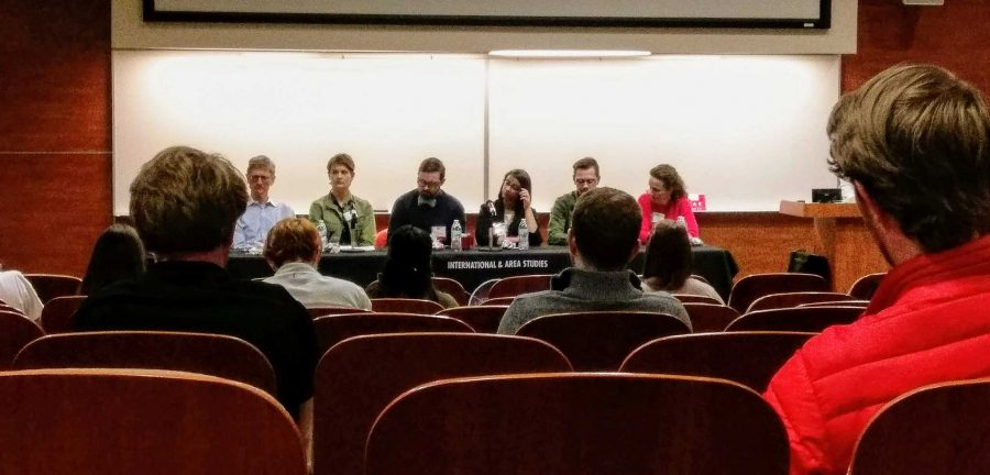 Panelists+speak+to+students+about+global+careers+in+the+Carolyn+Tanner+Irish+Building+on+March+27+%28+%28Photo+by+Mandilyn+Johansen+%7C+The+Daily+Utah+Chronicle%29