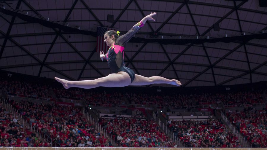 University+of+Utah+women%27s+gymnastics+freshman+Alexia+Burch+performs+on+the+balance+beam+in+a+dual+meet+vs.+The+Oregon+State+Beavers+at+the+Jon+M.+Huntsman+Center+in+Salt+Lake+City%2C+Utah+on+Friday%2C+Jan.+19%2C+2018.++%28Photo+by+Kiffer+Creveling+%7C+The+Daily+Utah+Chronicle%29