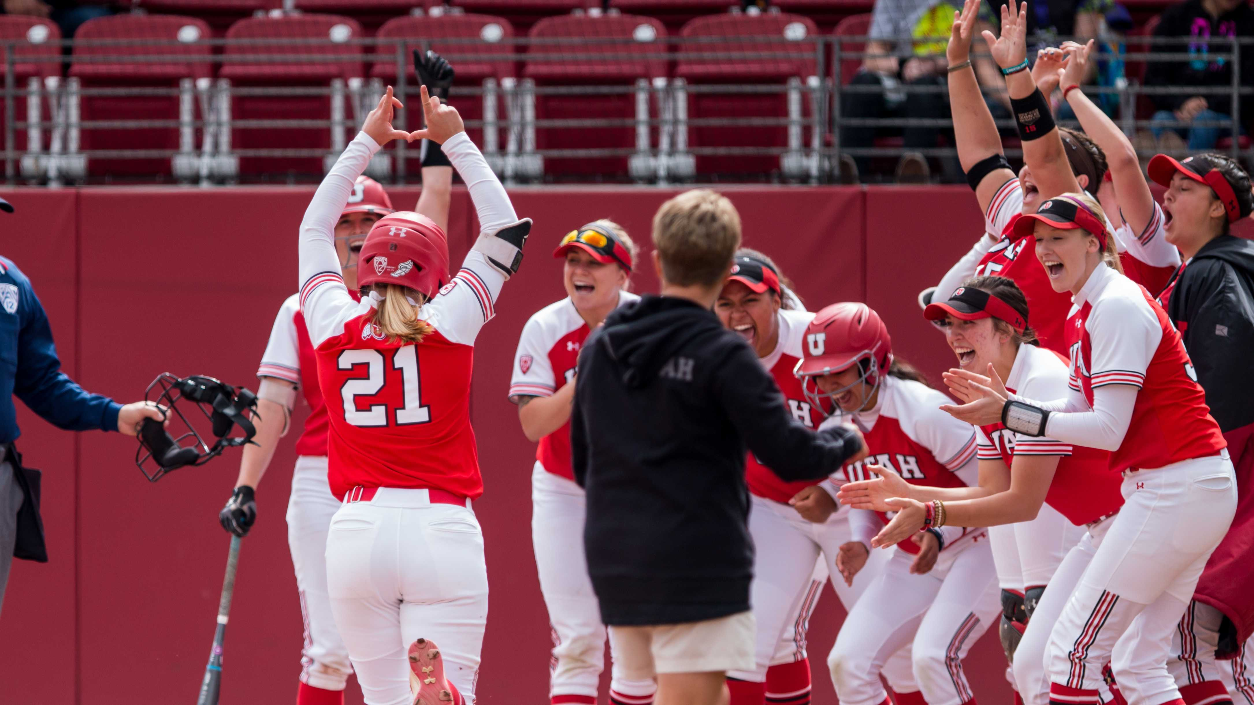 The University of Utah Softball Team cheered as University of Utah senior outfielder Ally Dickman (21) hit a homerun in an NCAA Softball game vs. Arizona at Dumke Family Softball Field in Salt Lake City, UT on Saturday April 06, 2019.  (Photo by Curtis Lin | Daily Utah Chronicle)