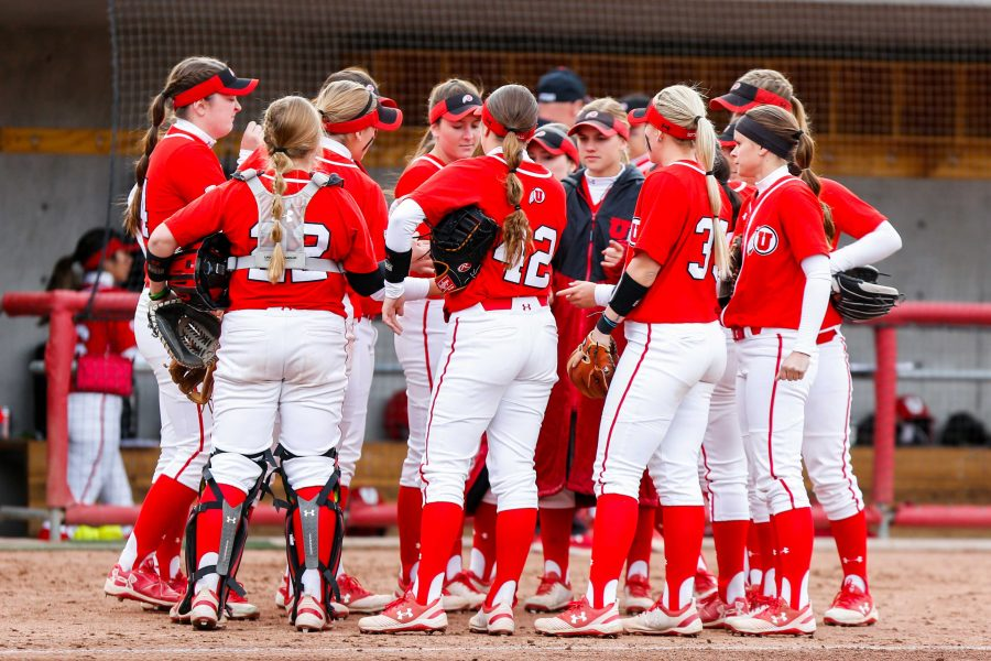 The+University+of+Utah+Softball+Team+huddle+up+during+an+NCAA+Softball+game+vs+the+BYU+Cougars+at+Dumke+Family+Softball+Stadium+in+Salt+Lake+City%2C+UT+on+Wednesday+April+18%2C+2018.%0A%0A%28Photo+by+Curtis+Lin%2F+Daily+Utah+Chronicle%29