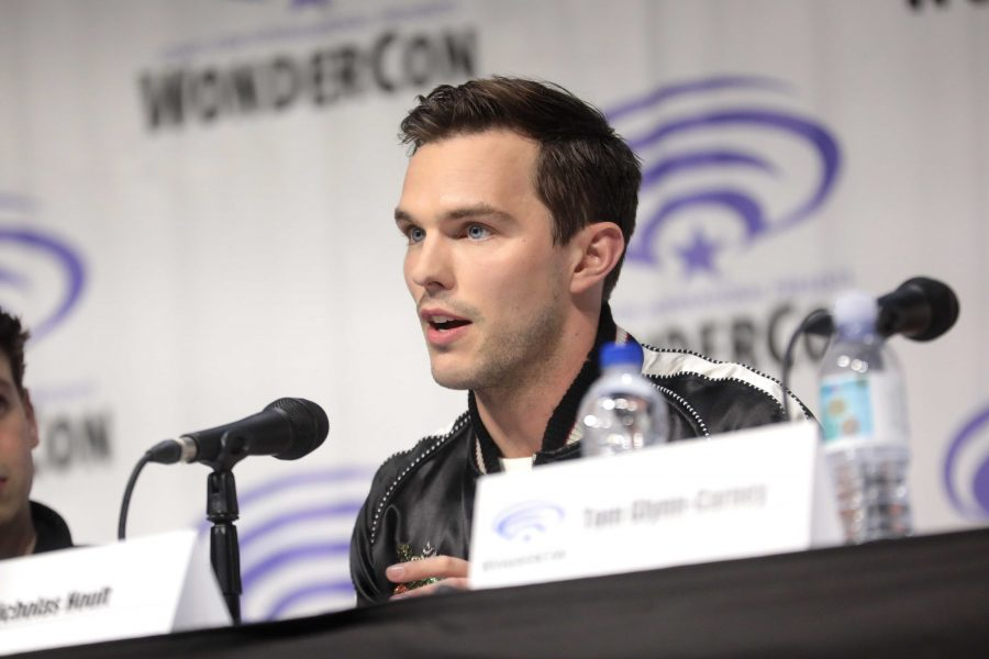 Nicholas+Hoult+discussing+the+movie+%22Tolkien%22+at+WonderCon+2019.+courtesy+Flickr.+
