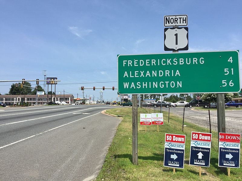 View+north+along+U.S.+Route+1+%28Jefferson+Davis+Highway%29+at+Market+Street+in+Four+Mile+Fork%2C+Spotsylvania+County%2C+Virginia.+%28Courtesy+Wikimedia+Commons%29