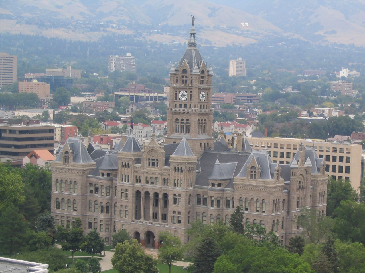 Salt Lake City and County Building (Courtesy Wkimiedia Commons)