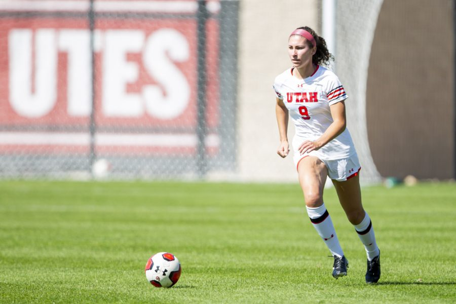 University of Utah senior defender Aleea Gwerder (9) eyes downfield prior to passing the ball in an NCAA Women's Soccer game vs. San Diego University at Ute Field in Salt Lake City, UT on Sunday September 22, 2019.  (Photo by Curtis Lin | Daily Utah Chronicle)