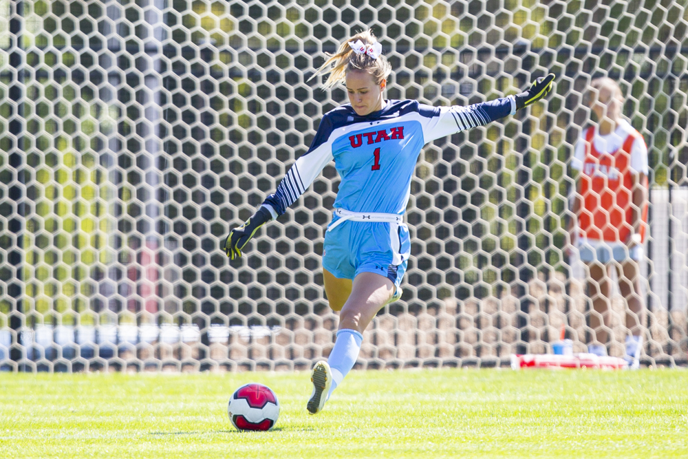 University of Utah senior goalkeeper Carly Nelson (1) passes the ball in an NCAA Women's Soccer game vs. San Diego University at Ute Field in Salt Lake City, UT on Sunday September 22, 2019.  (Photo by Curtis Lin | Daily Utah Chronicle)