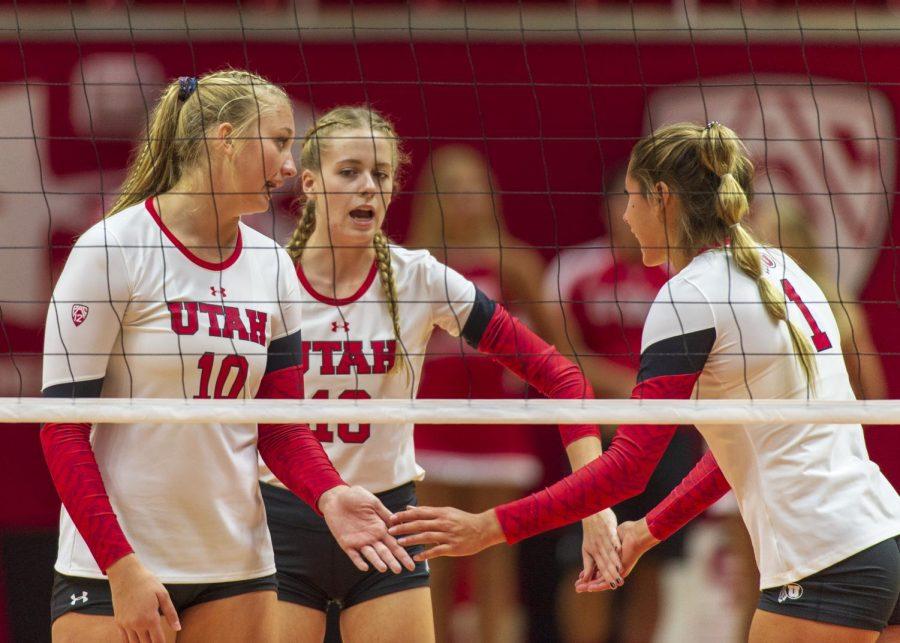 University+of+Utah+freshman+middle+blocker+Kennedi+Evans+%2810%29+congratulates+sophomore+outside+hitter+Lauren+Sproule+%2818%29+and+sophomore+outside+hitter+Dani+Drews+%281%29+in+an+NCAA+Volleyball+match+vs.+UVU+at+the+Jon+M.+Huntsman+Center+in+Salt+Lake+City%2C+Utah+on+Friday%2C+Sept.+14%2C+2018+%28Photo+by+Kiffer+Creveling+%7C+The+Daily+Utah+Chronicle%29