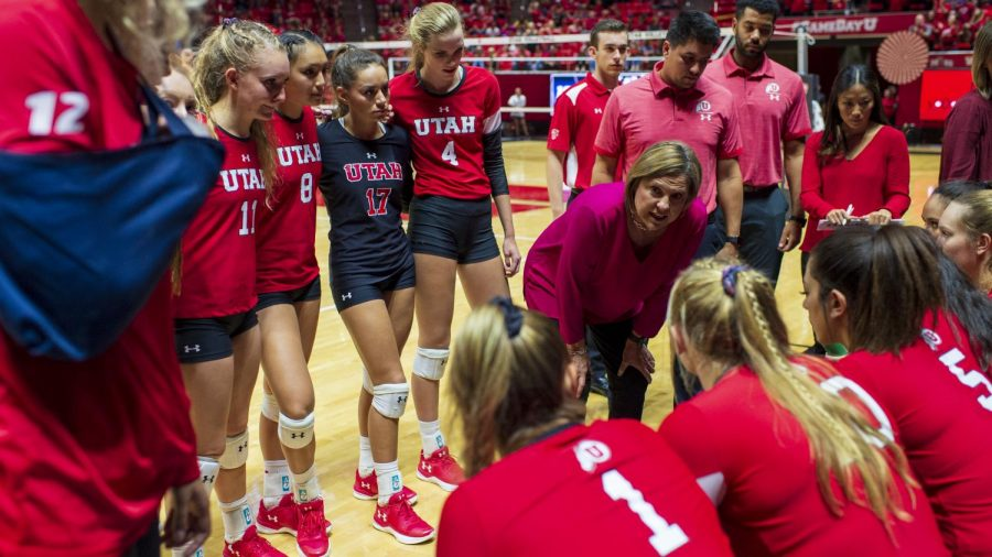 University+of+Utah+head+coach+Beth+Launiere+talks+with+the+Utes+during+a+timeout+in+an+NCAA+Volleyball+match+vs.+the+UCLA+Bruins+at+the+Jon+M.+Huntsman+Center+in+Salt+Lake+City%2C+Utah+on+Friday%2C+Sept.+21%2C+2018.+%28Photo+by+Kiffer+Creveling+%7C+The+Daily+Utah+Chronicle%29