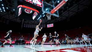 Utes, Cougars, Put Winning Streaks on the Line in Women's Basketball Clash