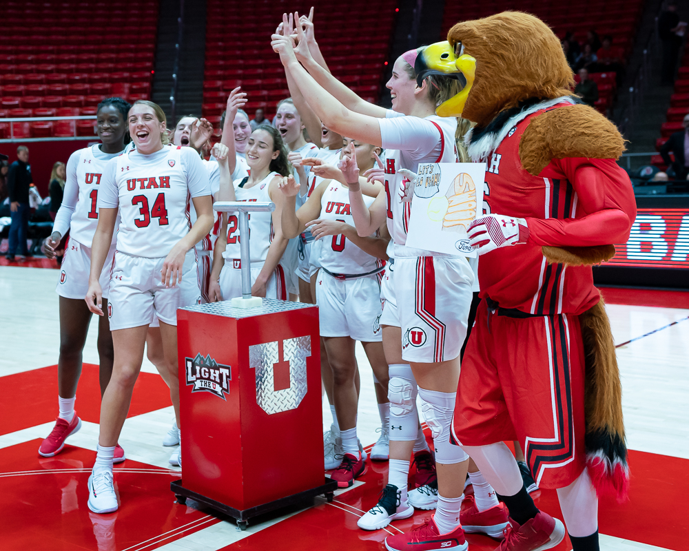 University of Utah Utes Women's Basketball Team celebrates its victory against the Eastern Washington Eagles during an NCAA Basketball match at the Jon M. Huntsman Center in Salt Lake City, Utah on Monday, Nov. 18, 2019. (Photo by Abu Asib | The Daily Utah Chronicle)