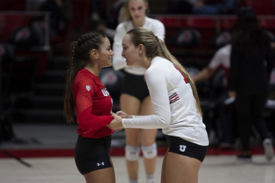 No. 17 Utah Volleyball Finishes Out Pac-12 With Two Sweeps